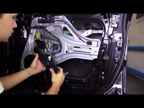 Как разобрать дверь, вынуть стекло Kia Sportage 2004—2010