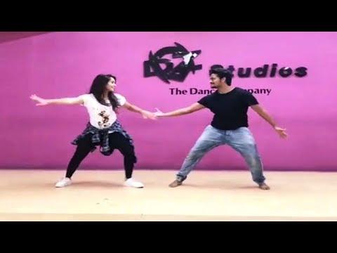 Deepthi Sunaina Shanmuk Jaswanth Latest Dance Video || Andhamaina Premarani Song