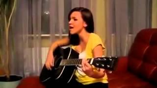 Песни под гитару ! Девушка очень красиво поет  Война