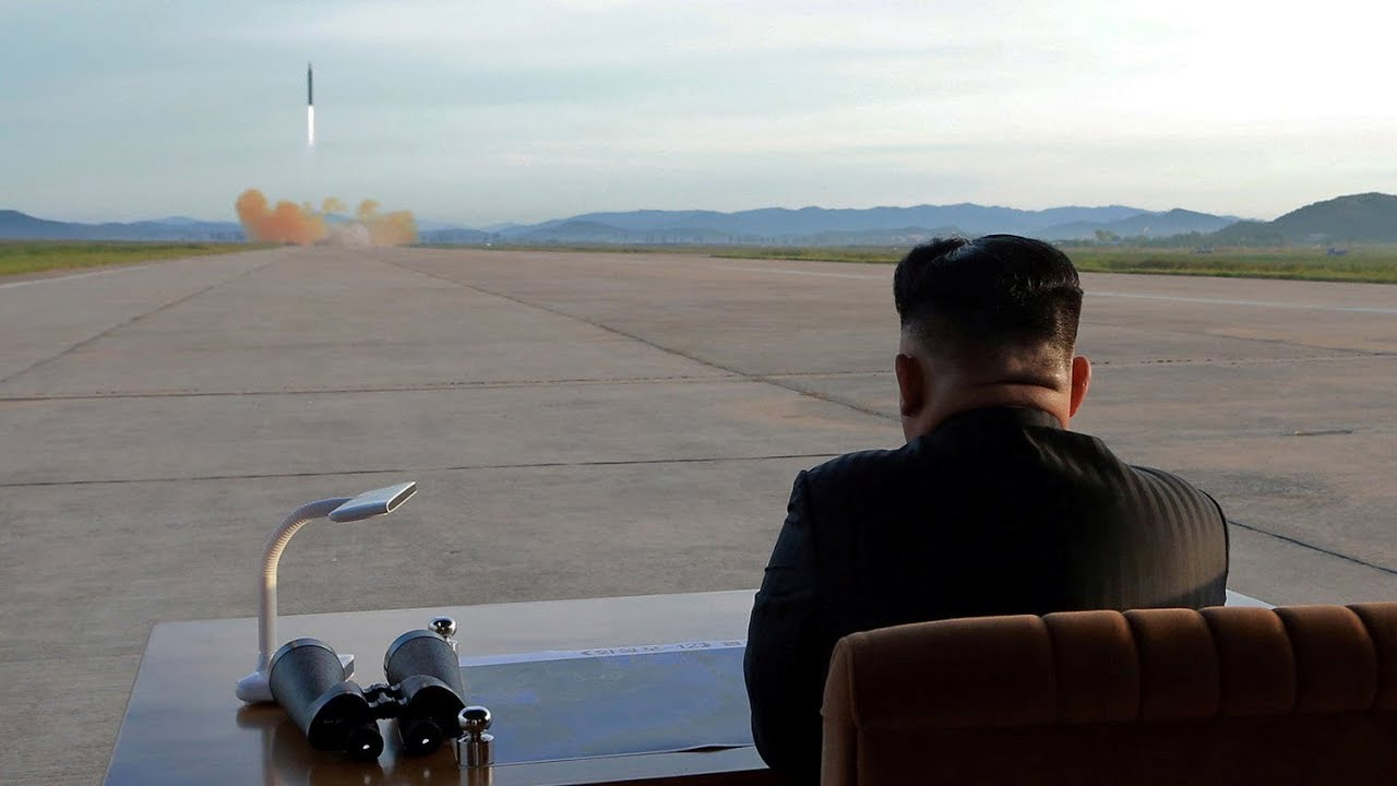 SophieCo. Свою игру ведут США и КНДР, но диалог неизбежен - японский эксперт