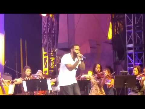 PHAROAHE MONCH STAKES IS HIGH LINCOLN CENTER SUITE FOR MA DUKES