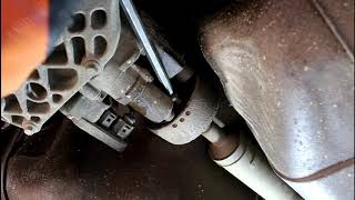 Замена масла и фильтра в муфте Haldex на Range Rover Evoque 2,2  Ленд Ровер Эвок  2011 года  1часть