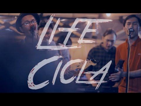 Life Cicla - Sahabatku live at Bergegas #1 kedai kalam bogor
