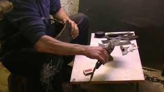 Электрозаклепка - это точечная сварка . welding .BODY REPAIR