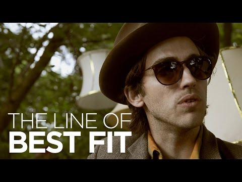 "Andrew Combs performs ""Pearl"" for The Line of Best Fit"