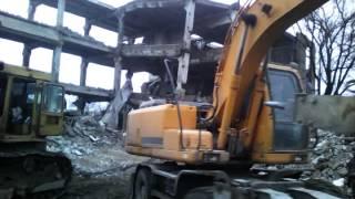 Демонтаж зданий без взрывчатки(, 2016-10-31T16:38:39.000Z)