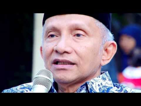 Amin Rais dalam Pengajian Akhad pagi Al-Manar Universitas Muhammadiyah Ponorogo