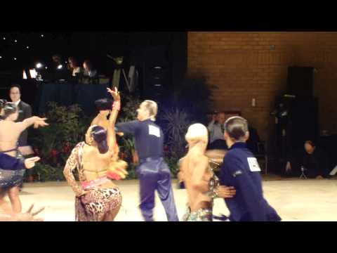 Carlos Custodio and Elena Plescenco Samba UK 2011