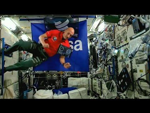 Euronews:Watch: Euronews' correspondent becomes first space DJ