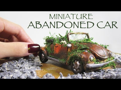 DIY Miniature Abandoned Car (Haunted House)