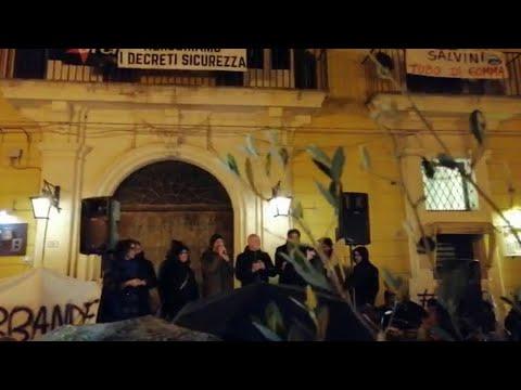 Santori in Salento: 'Noi in piazza contro il populismo di Salvini'