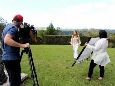 Deborah Hutton, intro to interview with Olivia Newton John