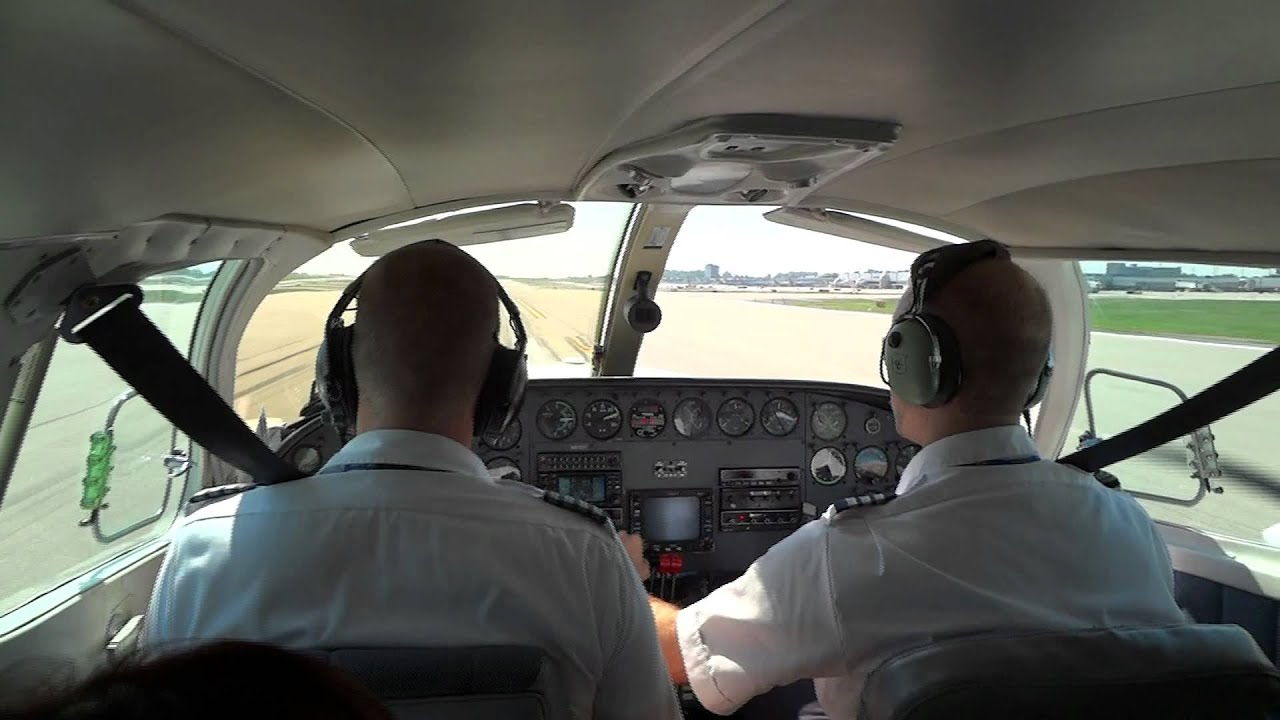 St Louis Taxi >> Cape Air Cessna 402 Taking-off - St. Louis Lambert Intl' Airport - YouTube