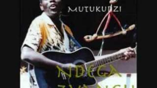 Oliver Mtukudzi Handiende
