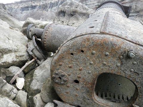 Disaster Documentary on the Niagara Gorge Railway - hiking along the Niagara River (Niagara Glen)