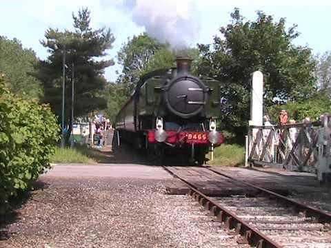 9466 visits the Mid-Norfolk Railway