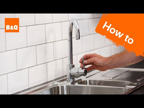 how-to-replace-a-kitchen-tap-part-3:-fixing-your-new-tap