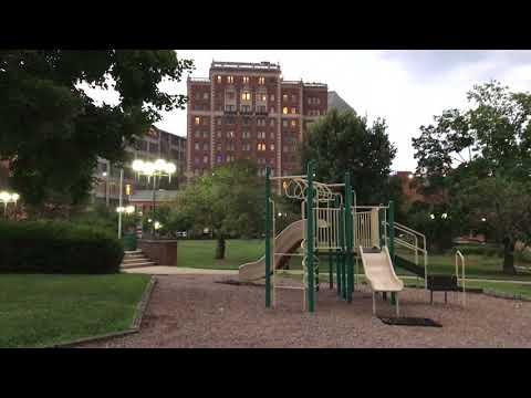 Cincinnati Downtown - Lytle Park