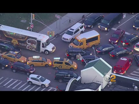 Post-Holiday Traffic Jam Surrounds LaGuardia Airport