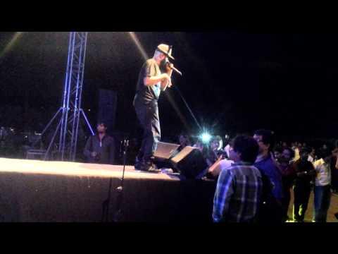 Benny Dayal Live Badtameez Dil  Growing Three Entertainment
