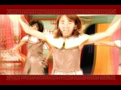 Berryz Koubou - Happiness ~Koufuku Kangei~ (Romaji & English LYRICS)