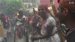 Hundreds take part in re-enactment of Battle of Puebla in Mexico