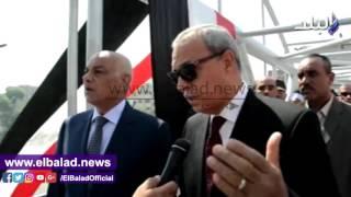 بالفيديو.. محافظ قنا يفتتح كوبري مشاة الشيخ يونس فى ذكرى أكتوبر