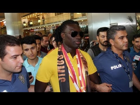 Bafetimbi Gomis, İstanbul'dan ayrıldı!
