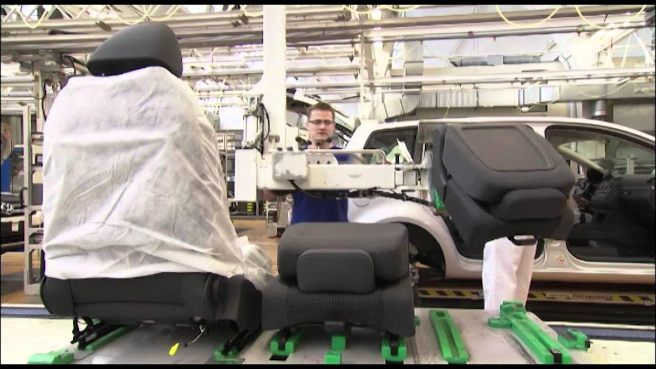 Volkswagen factory Wolfsburg Tiguan production - YouTube