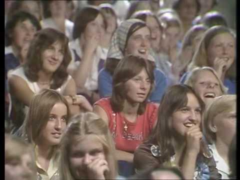 PAULINE'S QUIRKES episode 5: 13 DEC 1976