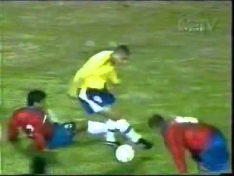 Amazing Soccer Goals!!!! (Chumbawamba - I Get Knocked Down)