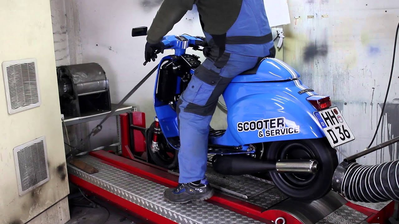 scooter service vespa 250n scooter dyno run youtube. Black Bedroom Furniture Sets. Home Design Ideas