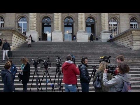 LIVE: Paris terror suspect Abdeslam faces questioning in court
