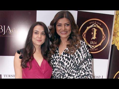 Inauguration Of India 1st Customized Gold Coin Store Ibja Gold   Sushmita Sen, Preity Zinta