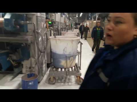 производство виниловых обоев часть 1