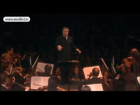 Valery Gergiev - Mariinsky Theatre Orchestra - Tchaikovsky Symphony No. 3 - Salle Pleyel