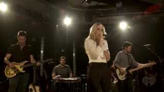 Carrie Underwood ,HD, Covers Heart's Alone , at iheart radio,HD 1080p
