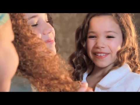 Lips Are Movin ft Meghan Trainor VS Haschak Sisters