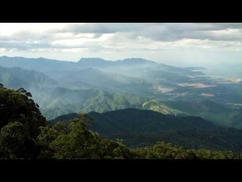 Ba Na Hills Vietnam, the world's longest cable car ride