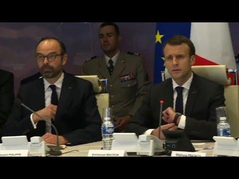 Aude: Macron et Philippe à la cellule de crise de Beauvau