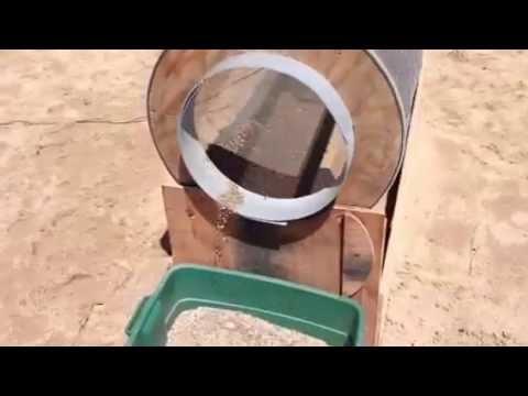 Beach sand sifting machine