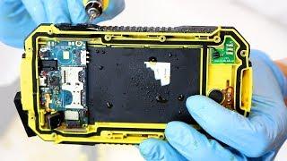 Cómo está hecho un móvil resistente a agua, golpes y polvo