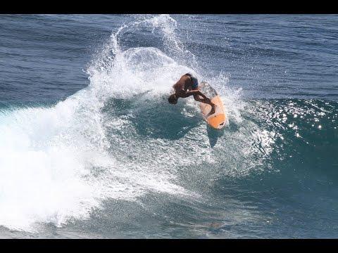 Bali Bagus - Surfing Canggu with Lars Craven