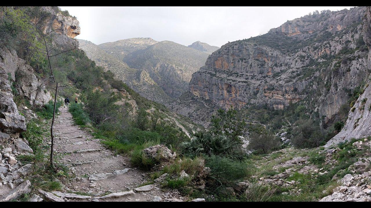 Ruta de senderismo Barranco del infierno y bajadaal rio Girona y la presa  de Isbert