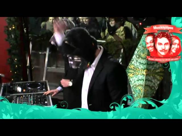 panda-da-panda-dansa-bonne-dansa-live-musikhjalpen-2012-poriel2