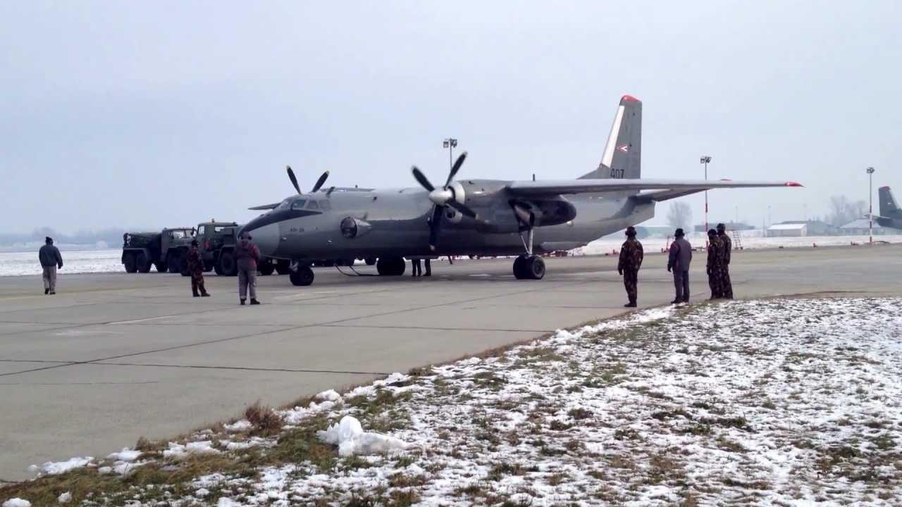 Hungarian Air Force Antonov AN-26 Engine Start