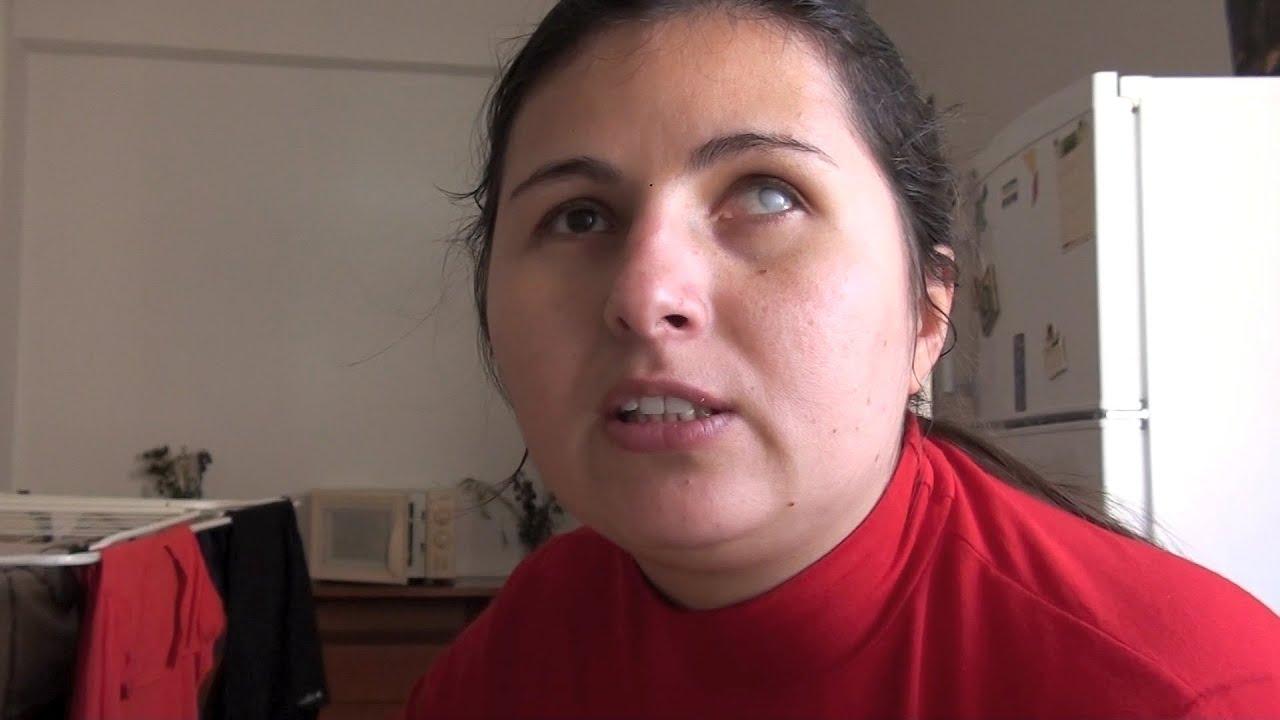 Trailer documental personas ciegas aunque cierren los for Cocinar para 5 personas