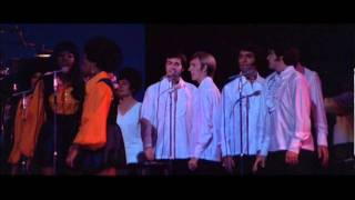 elvis presley entering the stage with thats alright songwmv