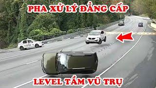 Camera Vô Tình Quay Lại 10 Pha Xử Lý Đẳng Cấp Khó Tin Ở Level Vũ Trụ Của Tài Xế Xe Ô Tô #8