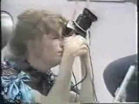 Paul and Linda McCartney singing